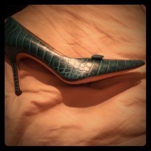 Size 8 and 1/2 vintage vero cuoio /Isaac Mizrahi
